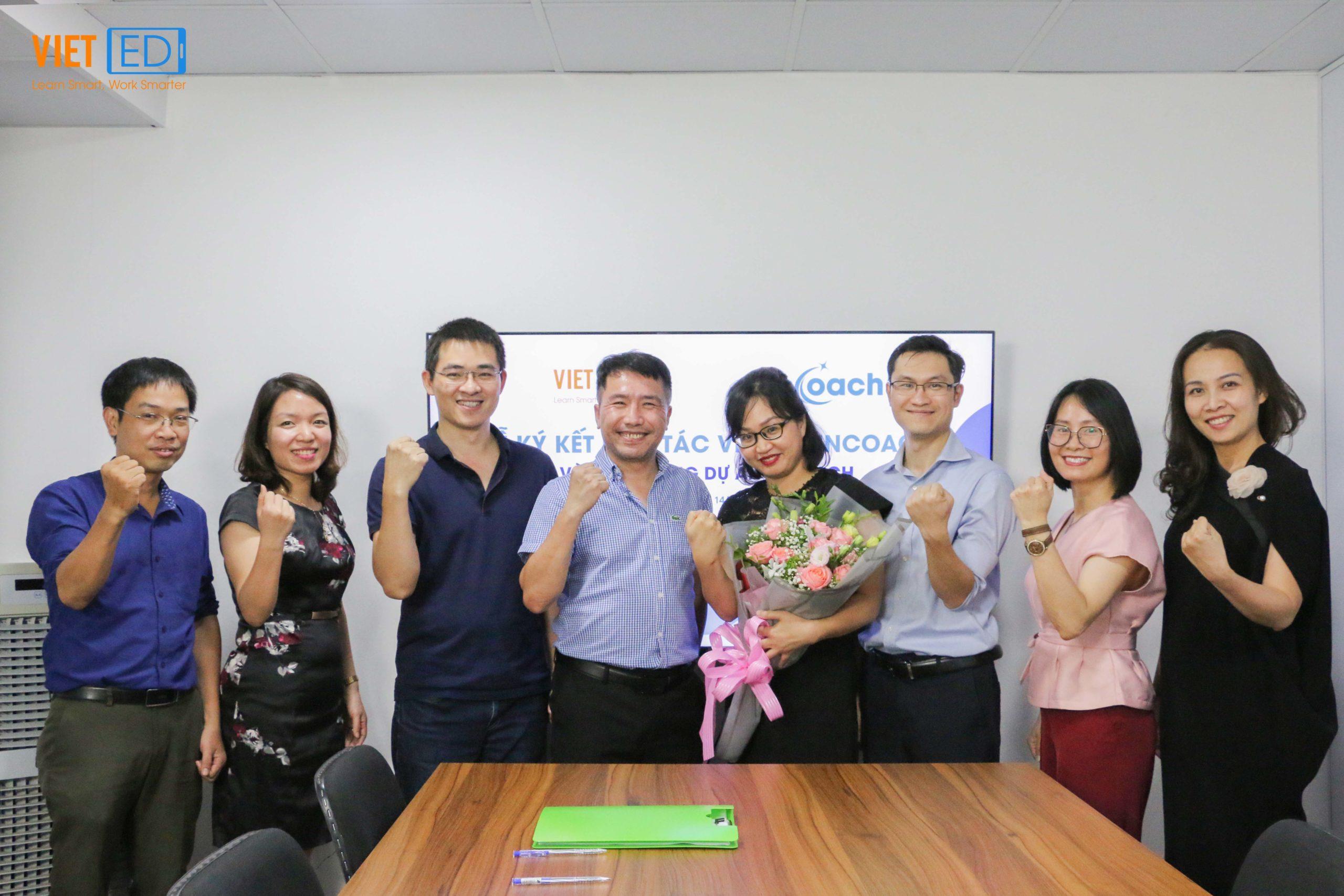 Lễ ký kết hợp tác VietED và inCoach